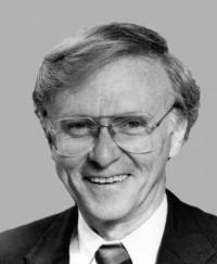 Photo of Sen. Paul Coverdell [R-GA, 1993-2000]
