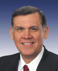 Photo of Sen. Mel Martinez [R-FL, 2005-2009]