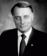 Photo of Sen. David Durenberger [R-MN, 1978-1994]