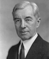 Photo of Sen. Thomas Hart [R-CT, 1945-1946]