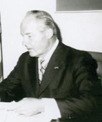 Photo of Rep. Robert Michel [R-IL18, 1957-1994]