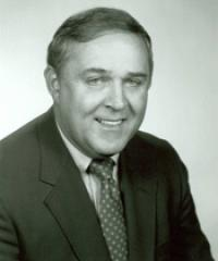 Photo of Rep. Carl Pursell [R-MI2, 1977-1992]