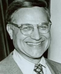 Photo of Rep. Henry Reuss [D-WI5, 1955-1982]