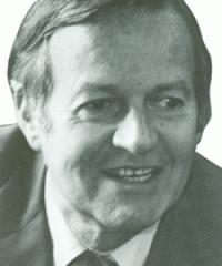 Photo of Rep. Lionel Van Deerlin [D-CA42, 1975-1980]